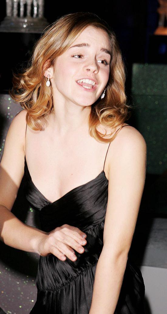 Hot Crew  Emma Watson  Chockblocks Blog-5238