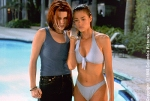 neve_campbell_denise_richards_wild_things_001